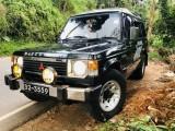 Mitsubishi Pajero palathsaba 1986 Jeep
