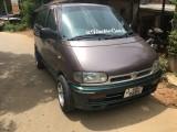 Nissan serena 1992 Van