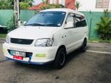 Toyota cr42 2001 Van