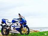Honda CBR 2004 Motorcycle