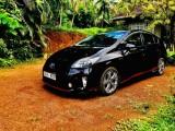 Toyota prius g touring 2012 Car