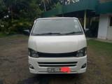Toyota Toyota TRH 2013 Van