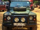 Land Rover Defender 2004 Jeep
