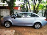 Fiat Linea Emotion 2011 Car
