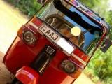 Bajaj 4stroke red colour 2013 Three Wheel